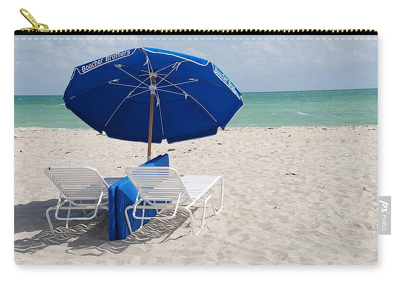 Sea Scape Carry-all Pouch featuring the photograph Blue Paradise Umbrella by Rob Hans