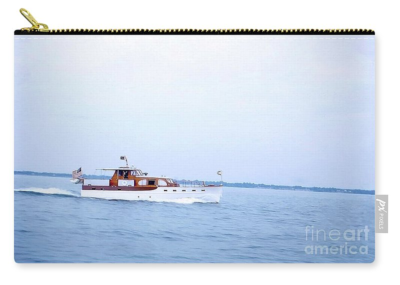 Boat Carry-all Pouch featuring the photograph Boats On The Lake - 003 by Larry Ward