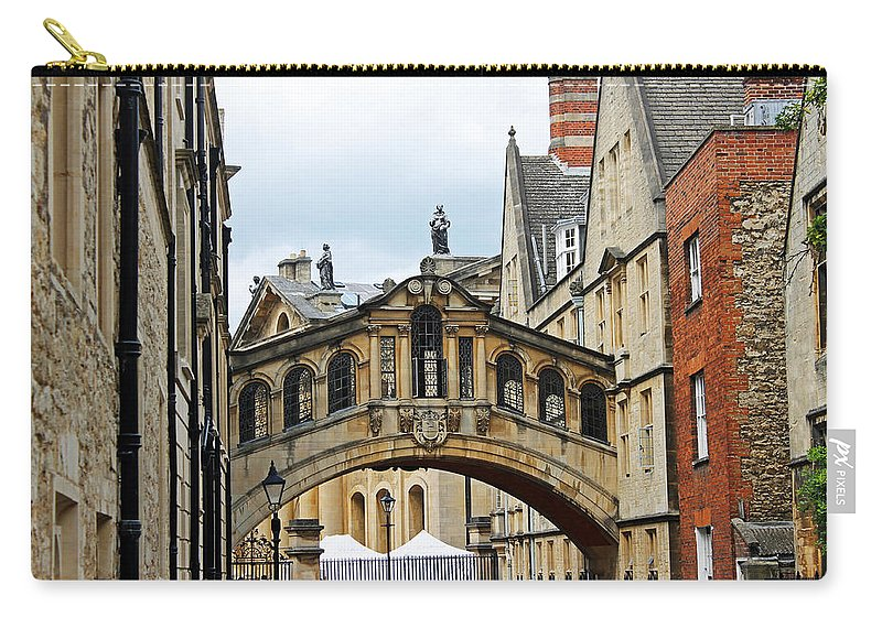 Oxford Carry-all Pouch featuring the photograph Bridge Of Sighs by Tony Murtagh