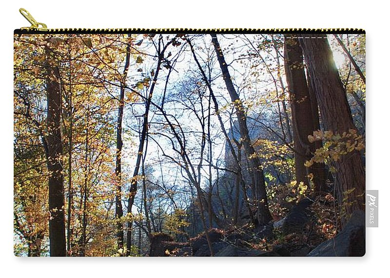 Palisades Carry-all Pouch featuring the photograph Brisk by Margaret Fronimos