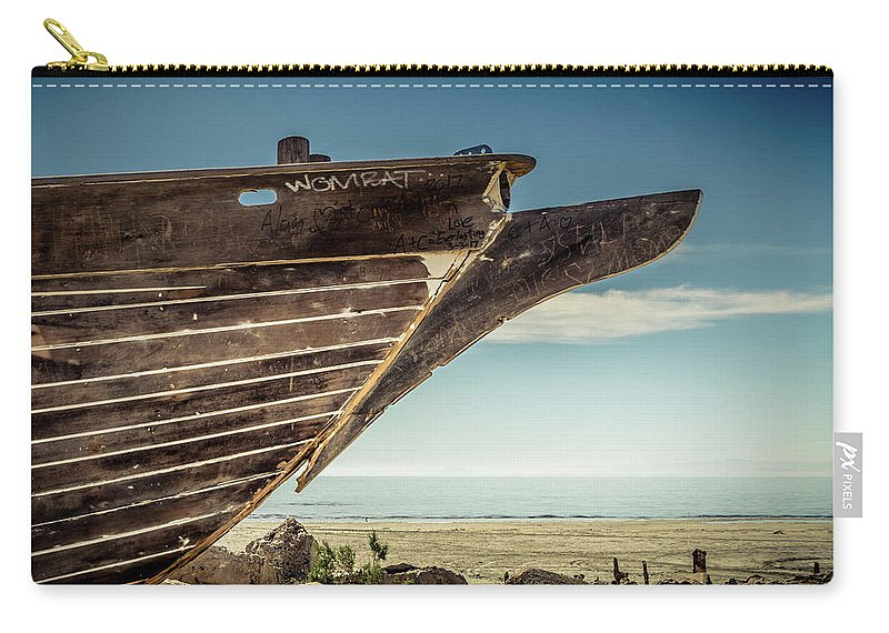 Hull Carry-all Pouch featuring the digital art Broken Hull by Stevie Benintende