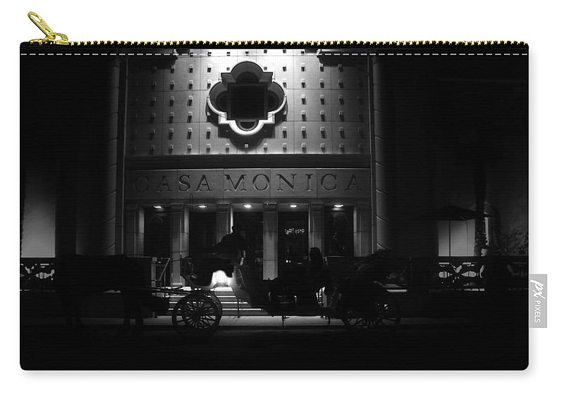 Carriage Carry-all Pouch featuring the photograph Carriage Ride At The Casa Monica by David Lee Thompson