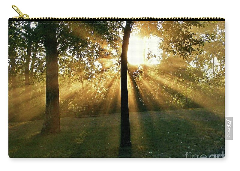 Sunlight Carry-all Pouch featuring the photograph Catch Some Rays by Marilyn Smith