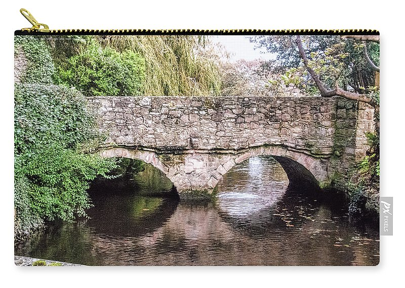 Christchurch Bridge Over The Millstream Carry-all Pouch featuring the photograph Christchurch - Bridge Over The Millstream by Phyllis Taylor