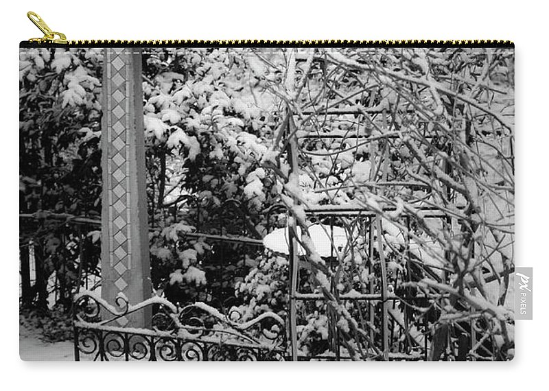 Christmas Carry-all Pouch featuring the photograph Christmas Snow in the Garden by Teresa Mucha