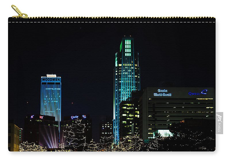 Winter Scene Carry-all Pouch featuring the photograph Christmas Time In Omaha by Edward Peterson
