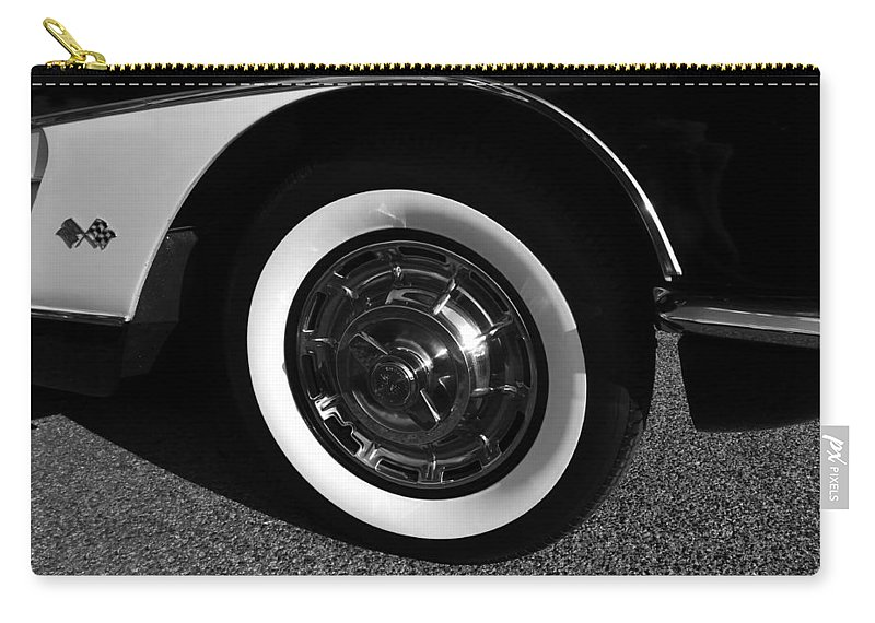 Fine Art Photography Carry-all Pouch featuring the photograph Classic Corvette Lines by David Lee Thompson