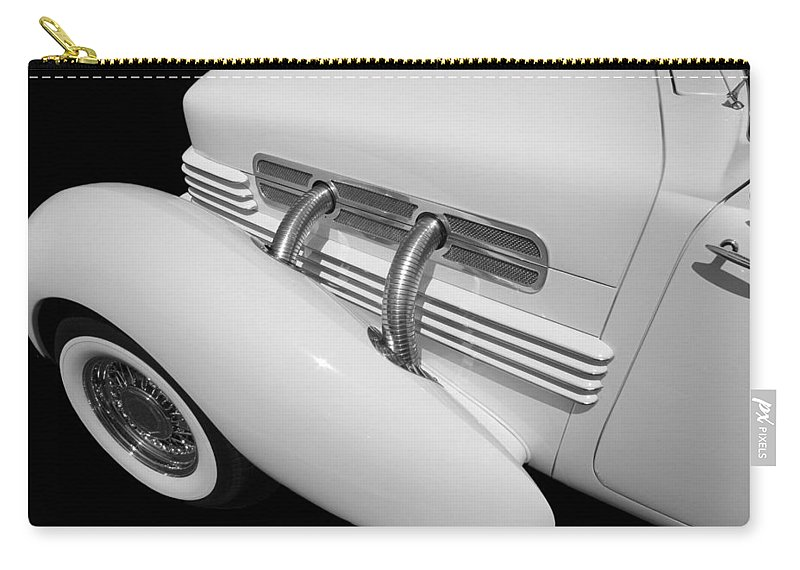 Classic Car Carry-all Pouch featuring the photograph Classic Lines by Aaron Berg