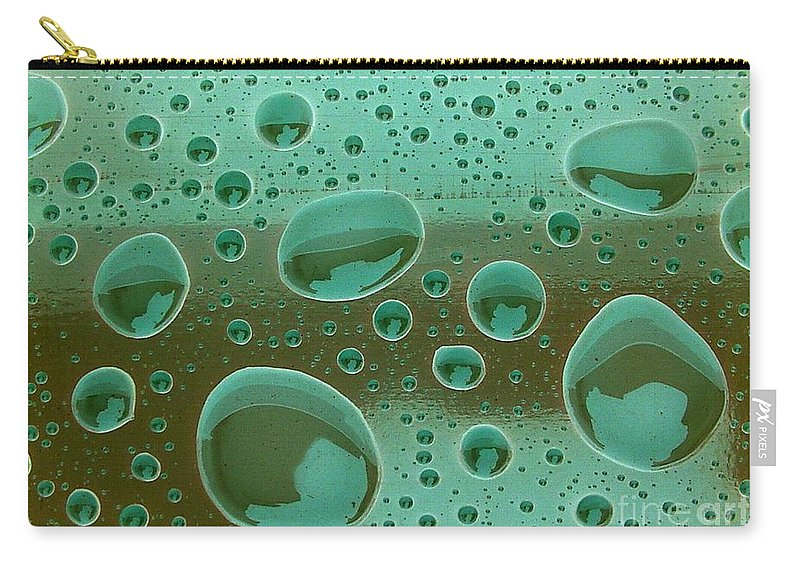 Green Carry-all Pouch featuring the photograph Clean And Green by Ron Bissett