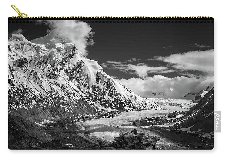 Landscape Carry-all Pouch featuring the photograph Cloud Nine by Siddhartha De