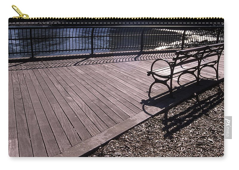 Manhattan Brooklyn Bridge Park Bench Carry-all Pouch featuring the photograph Cnrg0404 by Henry Butz