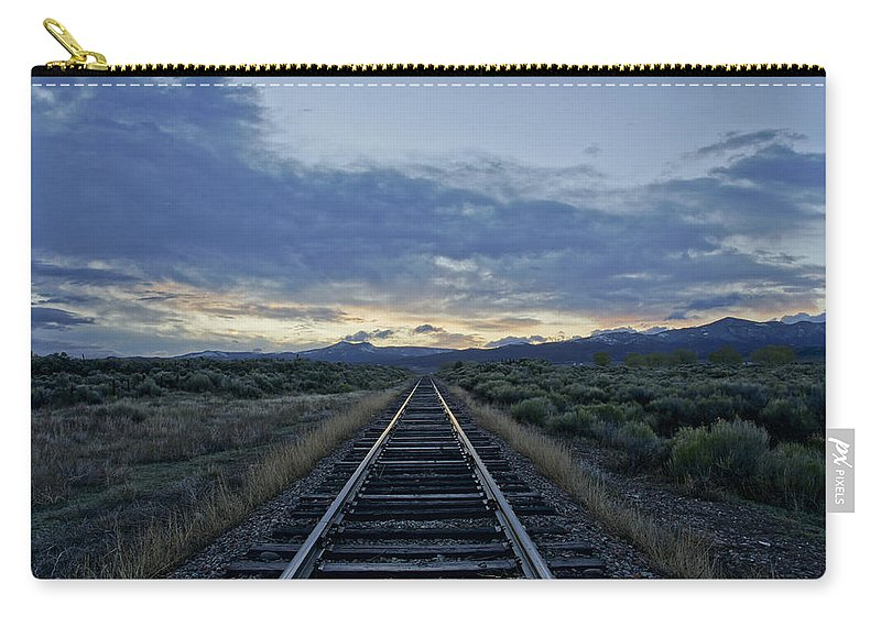 Horizontal Carry-all Pouch featuring the photograph Colorado Daybreak by Brian Kamprath
