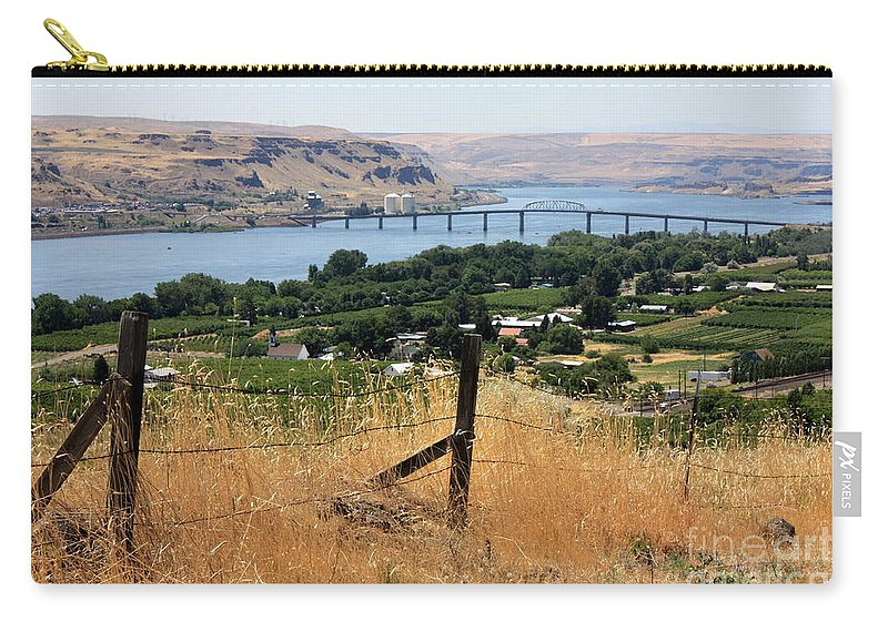 River Carry-all Pouch featuring the photograph Columbia River - Biggs And Maryhill State Park by Carol Groenen