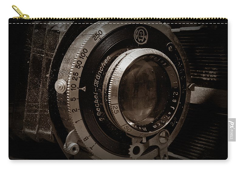 Camera Carry-all Pouch featuring the photograph Compur Relic by Scott Wyatt