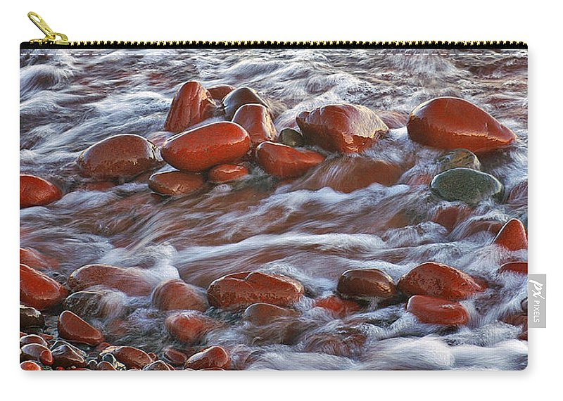 Rocky Beach On Lake Superior Carry-all Pouch featuring the photograph Copper Country Beach by Bill Morgenstern