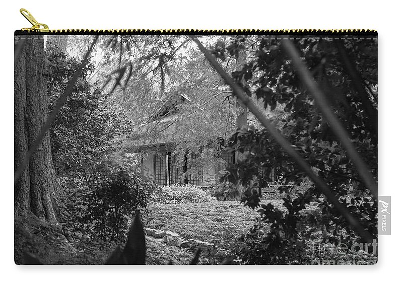Landscape Carry-all Pouch featuring the photograph Cottage Black White Gardens Louisiana by Chuck Kuhn