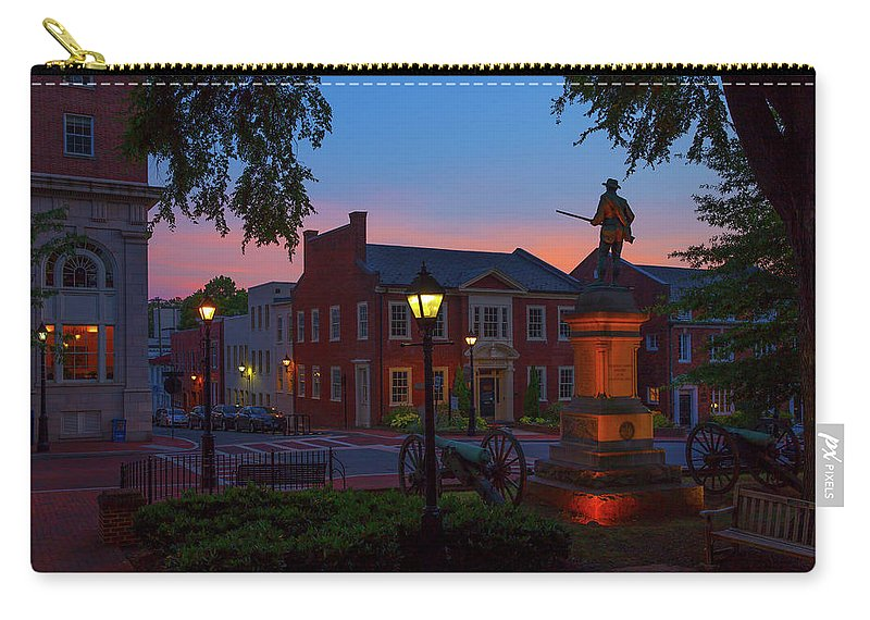 Charlottesville Carry-all Pouch featuring the photograph Courthouse Square by Cliff Middlebrook