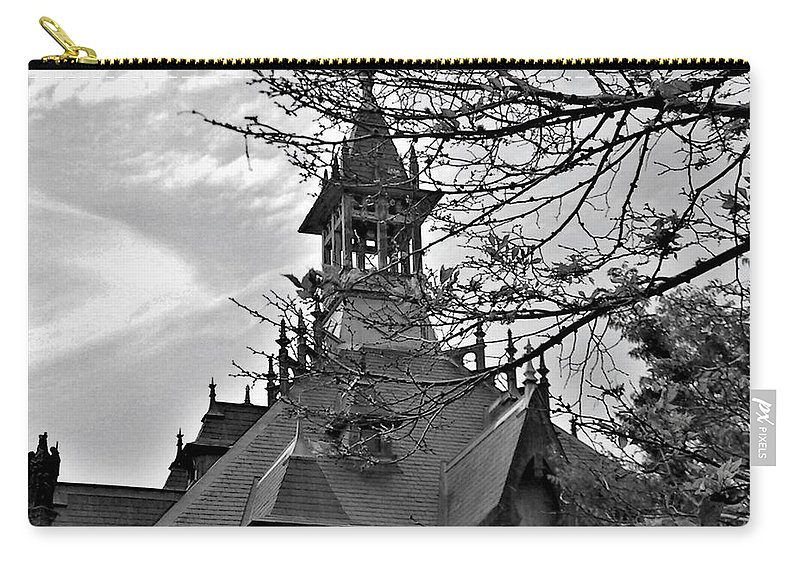 Clarksville Carry-all Pouch featuring the photograph Customs House Museum by Ken Bradford