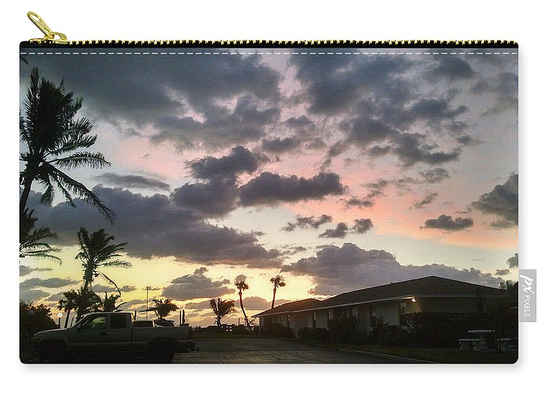 Dappled Sky Carry-all Pouch featuring the photograph Daybreak Sky In Florida by Frank Kopet