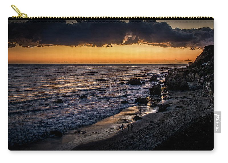 El Matador Beach Carry-all Pouch featuring the photograph Days End At El Matador by Gene Parks