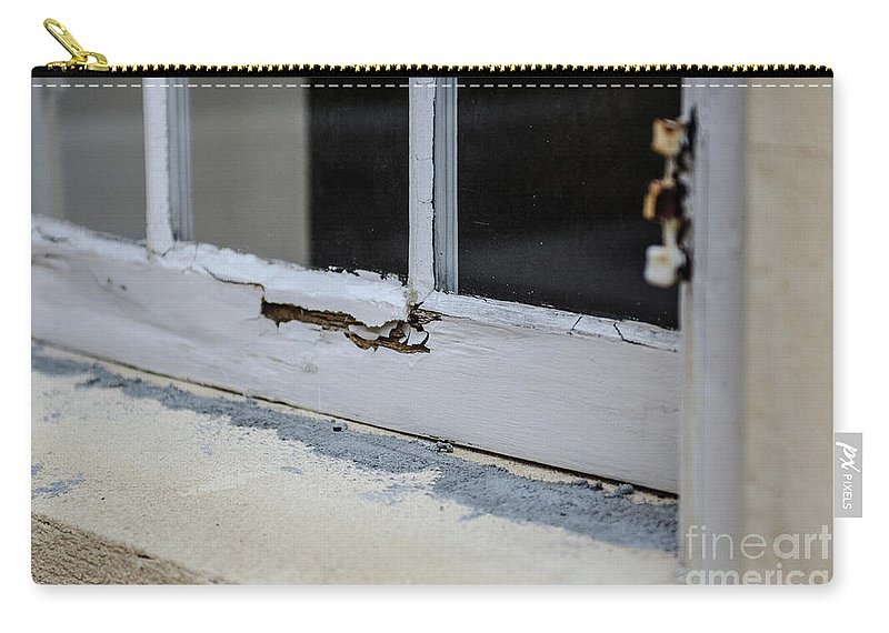 Wood Carry-all Pouch featuring the photograph Decay by Dale Powell