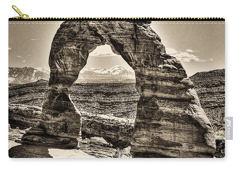 Pictorial Carry-all Pouch featuring the photograph Delicate Arch by Roger Passman