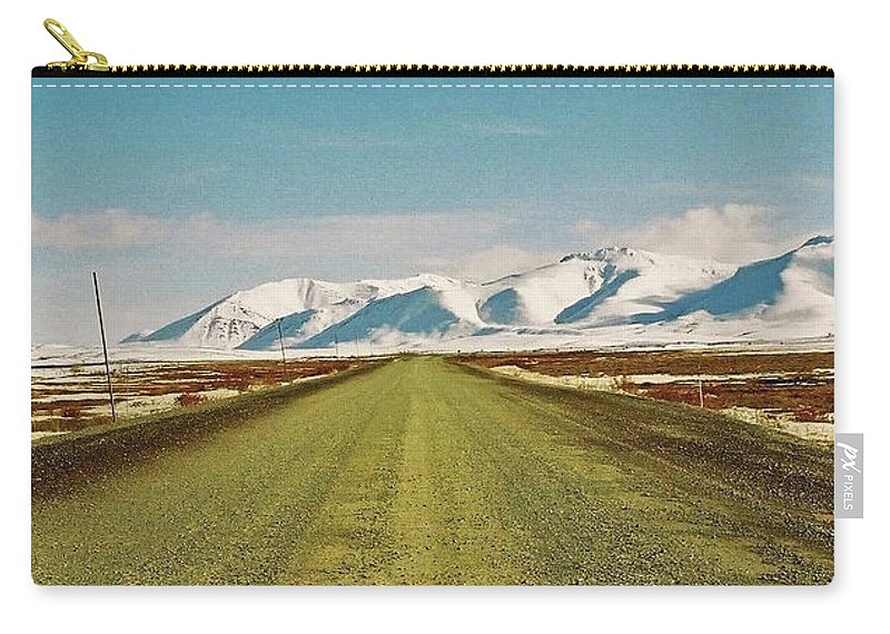 North America Carry-all Pouch featuring the photograph Dempster Highway - Yukon by Juergen Weiss