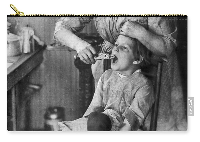 1920s Carry-all Pouch featuring the photograph Dentistry, 1920s - To License For Professional Use Visit Granger.com by Granger