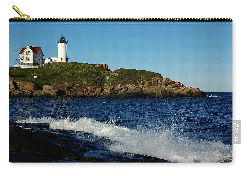 Landscape Lighthouse Nautical New England Cape Neddick Nubble Light Carry-all Pouch featuring the photograph Dnre0608 by Henry Butz