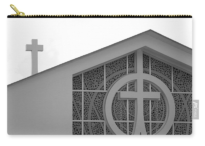 Black And White Carry-all Pouch featuring the photograph Double Cross Church by Rob Hans
