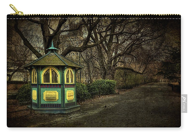 Central Park Carry-all Pouch featuring the photograph Dreamcatcher by Evelina Kremsdorf
