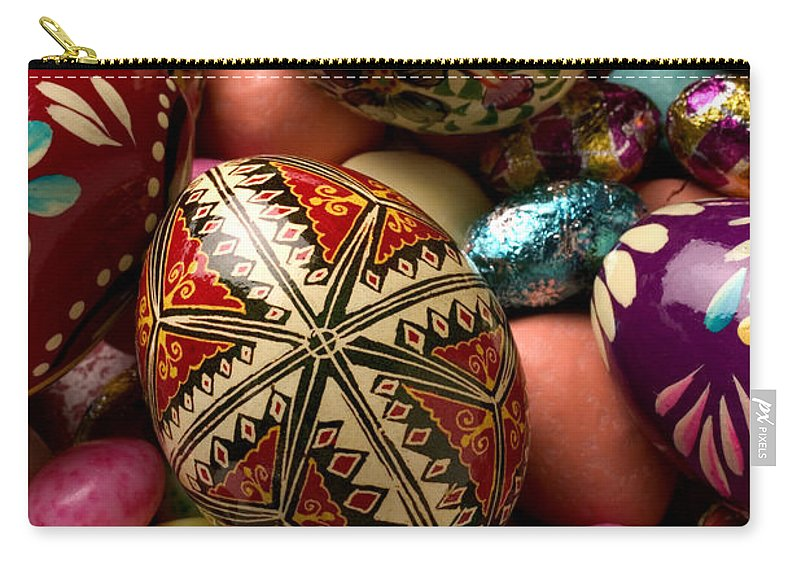 Egg Carry-all Pouch featuring the photograph Easter Eggs by Garry Gay