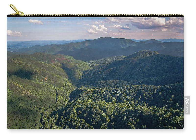 Hazlenut Gap Carry-all Pouch featuring the photograph Eastern Continental Divide by Ryan Phillips