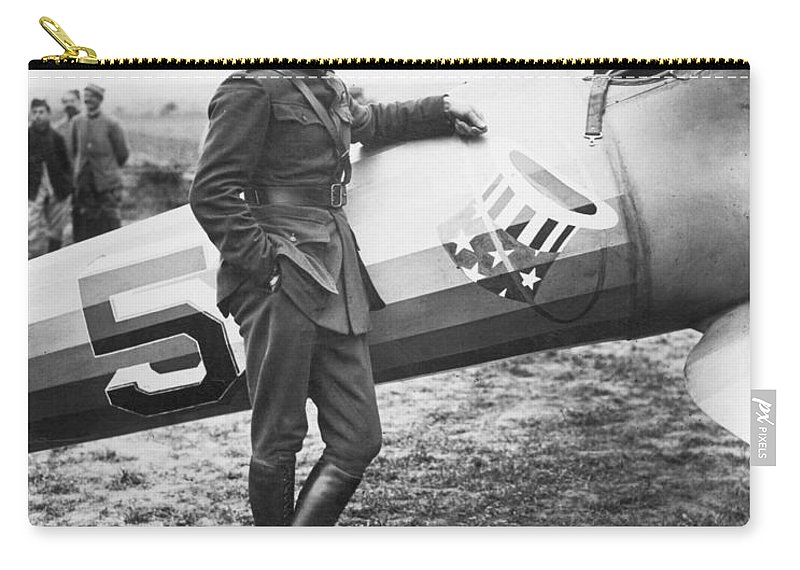 1918 Carry-all Pouch featuring the photograph Edward V. Rickenbacker by Granger
