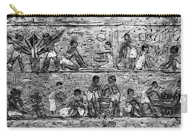 Egyptian Carry-all Pouch featuring the photograph Egyptian Writing by David Lee Thompson