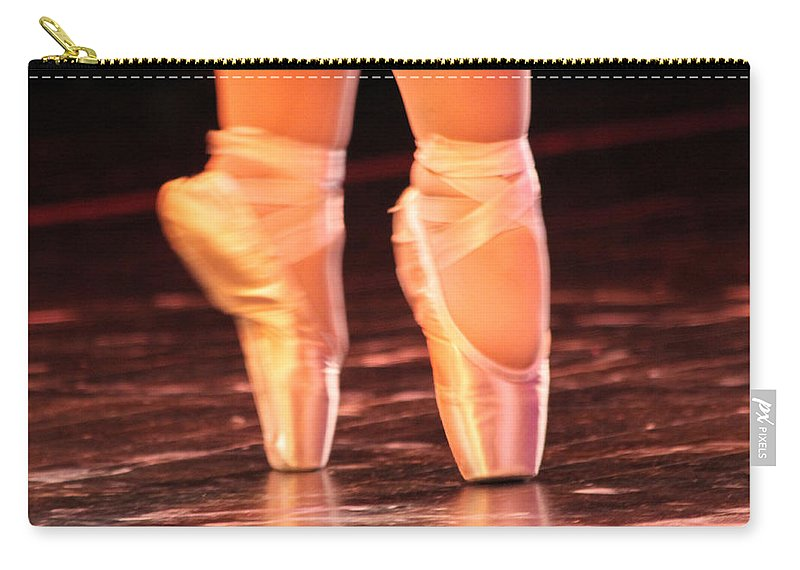 Ballet Carry-all Pouch featuring the photograph En Pointe by Lauri Novak