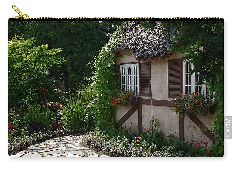 English Cottage At Leo Mol Gardens Assiniboine Park Winnipeg Carry-all Pouch featuring the photograph English Cottage by Joanne Smoley