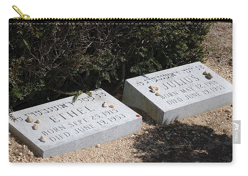Cemetery Carry-all Pouch featuring the photograph Ethel And Julius Rosenberg The Spies by Rob Hans