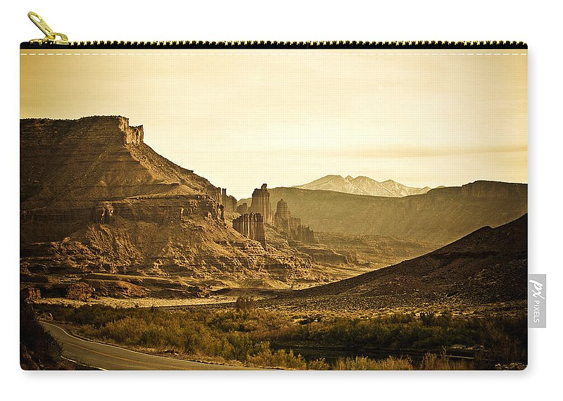 Americana Carry-all Pouch featuring the photograph Evening In The Canyon by Marilyn Hunt