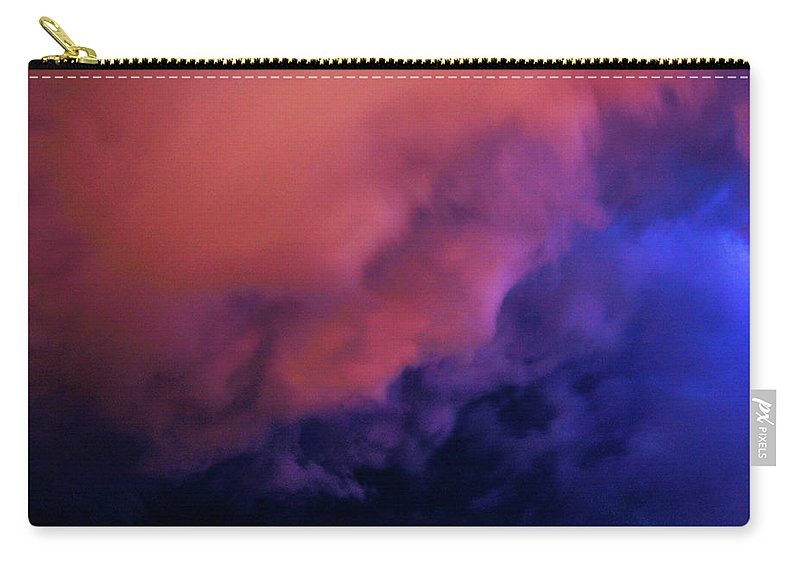 Nebraskasc Carry-all Pouch featuring the photograph Faces In The Clouds 001 by NebraskaSC