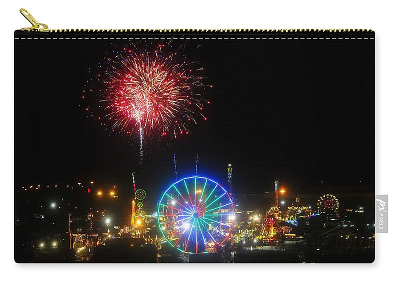 Fireworks Carry-all Pouch featuring the photograph Fair Fireworks by David Lee Thompson
