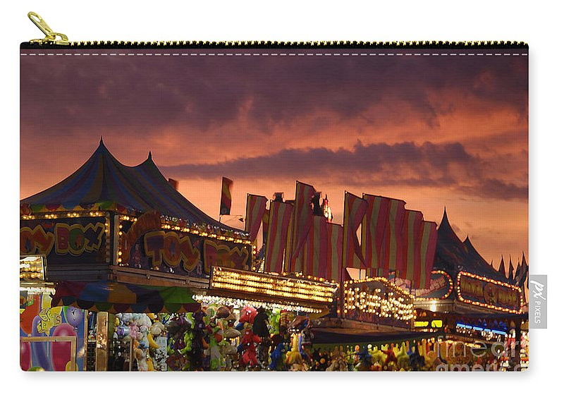 Fair Carry-all Pouch featuring the photograph Fairsky by David Lee Thompson