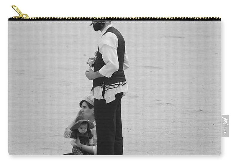 Black And White Carry-all Pouch featuring the photograph Family Beach Day by Rob Hans