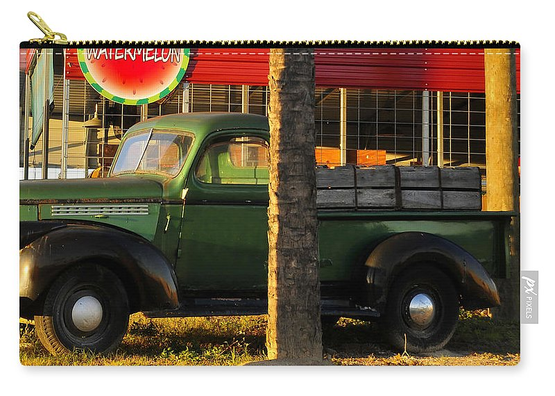 Farmers Market Carry-all Pouch featuring the photograph Farmers Market by David Lee Thompson