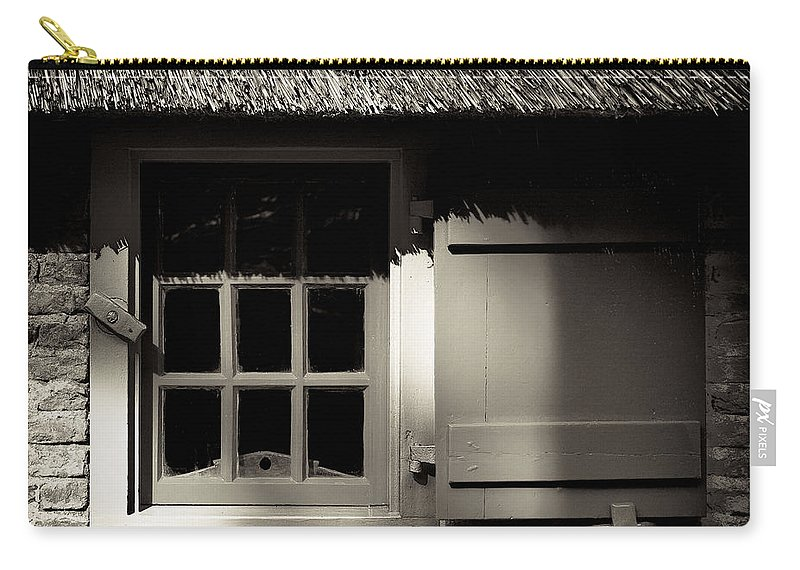 Dutch Carry-all Pouch featuring the photograph Farmhouse Window by Dave Bowman