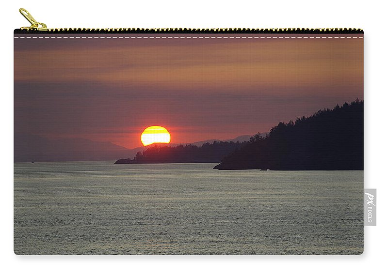 Sunset Carry-all Pouch featuring the photograph Ferry Sunset by Cindy Johnston