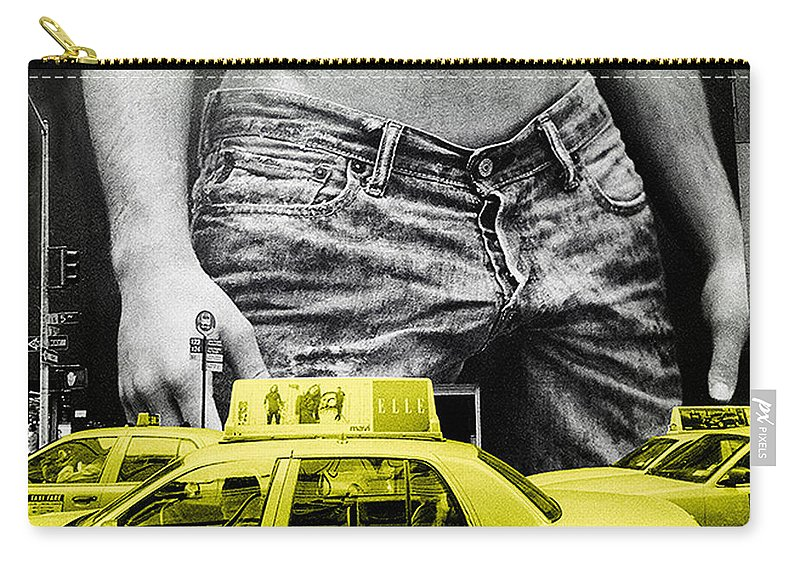 Photo Carry-all Pouch featuring the photograph Fifth Avenue- Ny by Enrique Crusellas