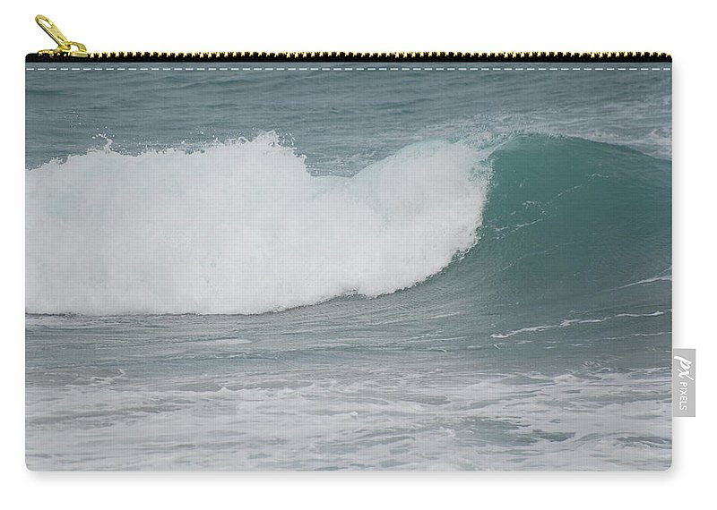 Green Carry-all Pouch featuring the photograph Fin Wave by Rob Hans