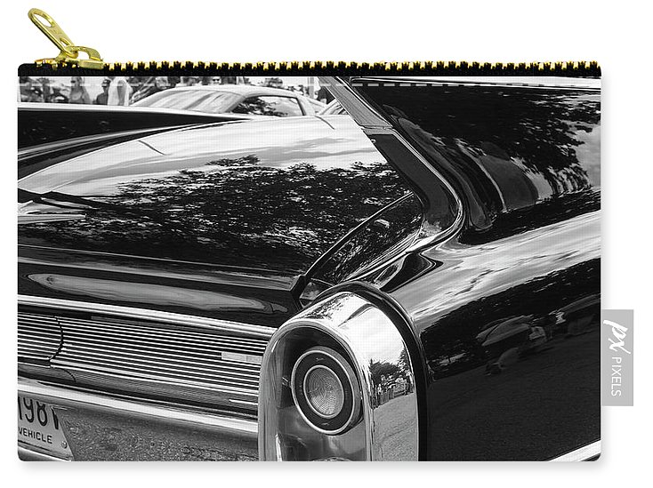 Digital Carry-all Pouch featuring the photograph Fins 2 by Jeff Roney