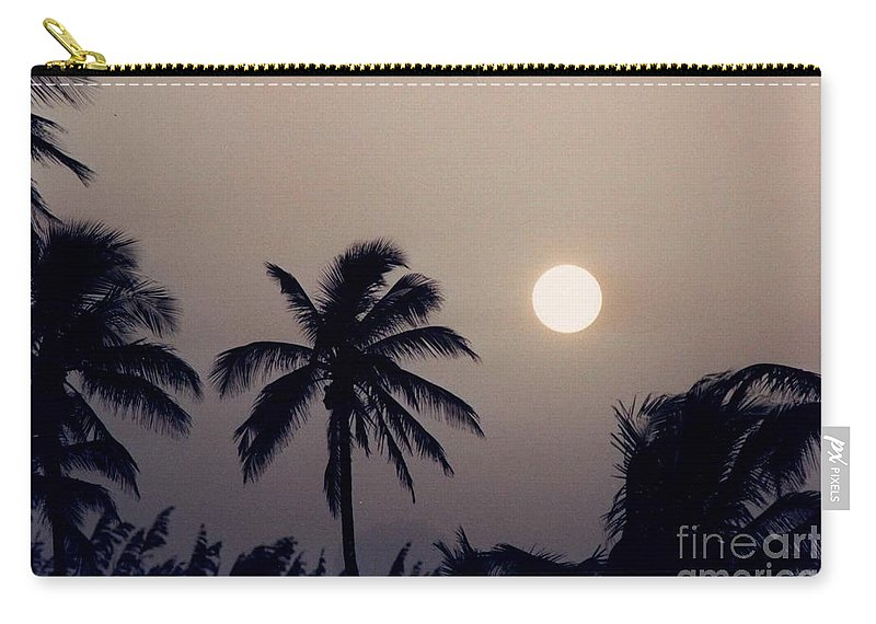 Sunrise Carry-all Pouch featuring the photograph Floridian Sunrise by Jeffery L Bowers